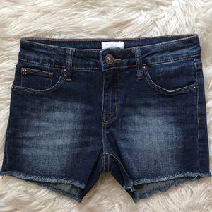 Hudson frayed hem girls size 14 denim shorts dark